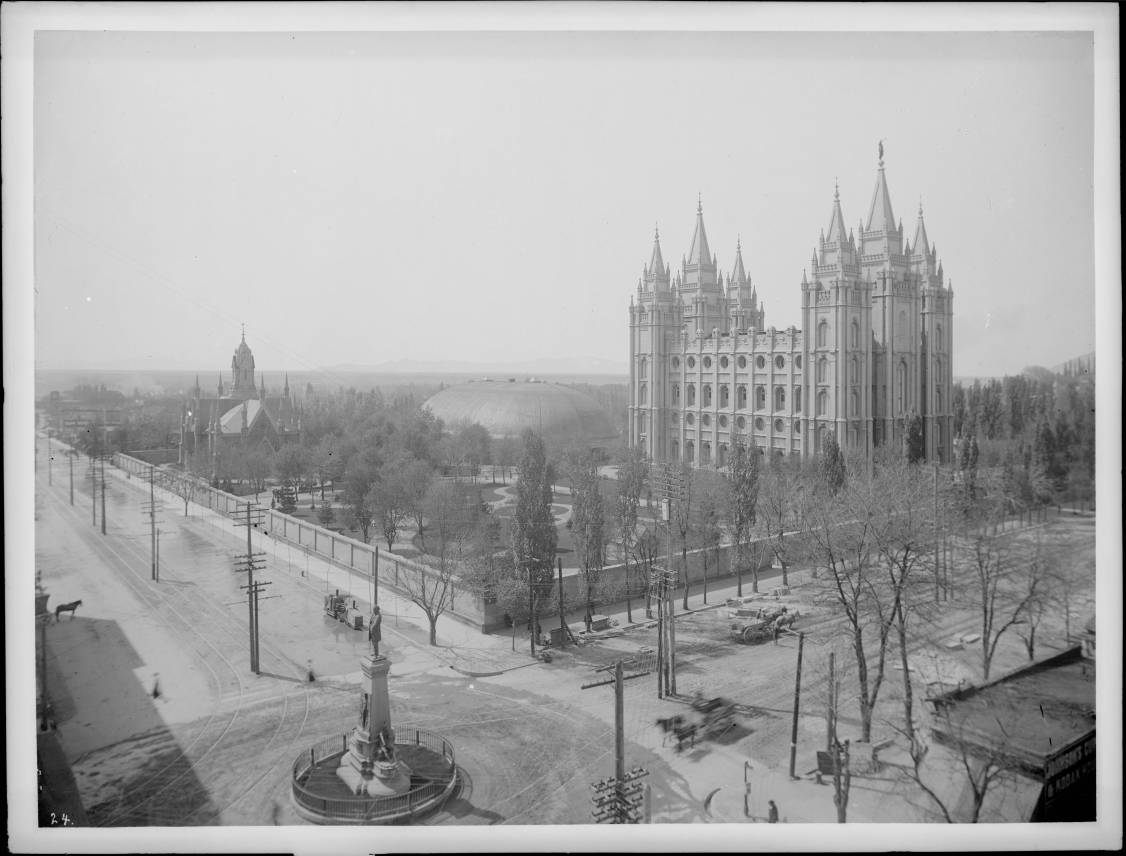 Salt_Lake_City_in_winter,_ca.1905_(CHS-24)